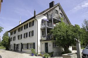 Mehrfamilienhaus, Riedikon