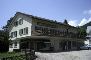 Wohn- und Gewerbehaus, Attiswil